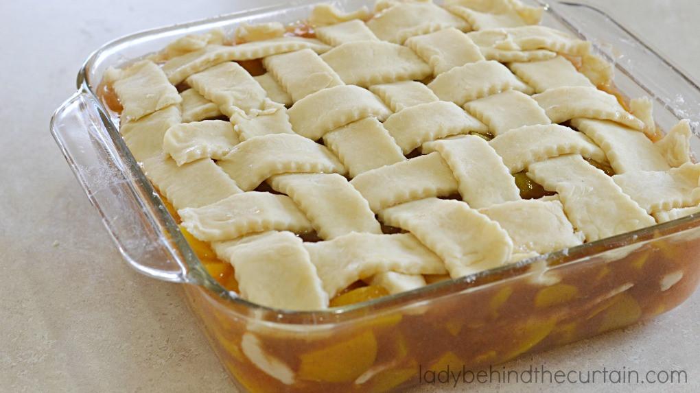 Peach Cobbler With Pie Crust  Mom s Peach Cobbler