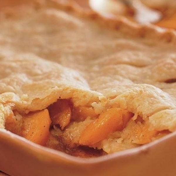 Peach Cobbler With Pie Crust  peach cobbler recipe betty crocker