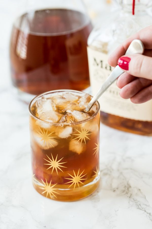 Peach Whiskey Drinks  Peach Whiskey Smash Cocktail The Sweetest Occasion — The