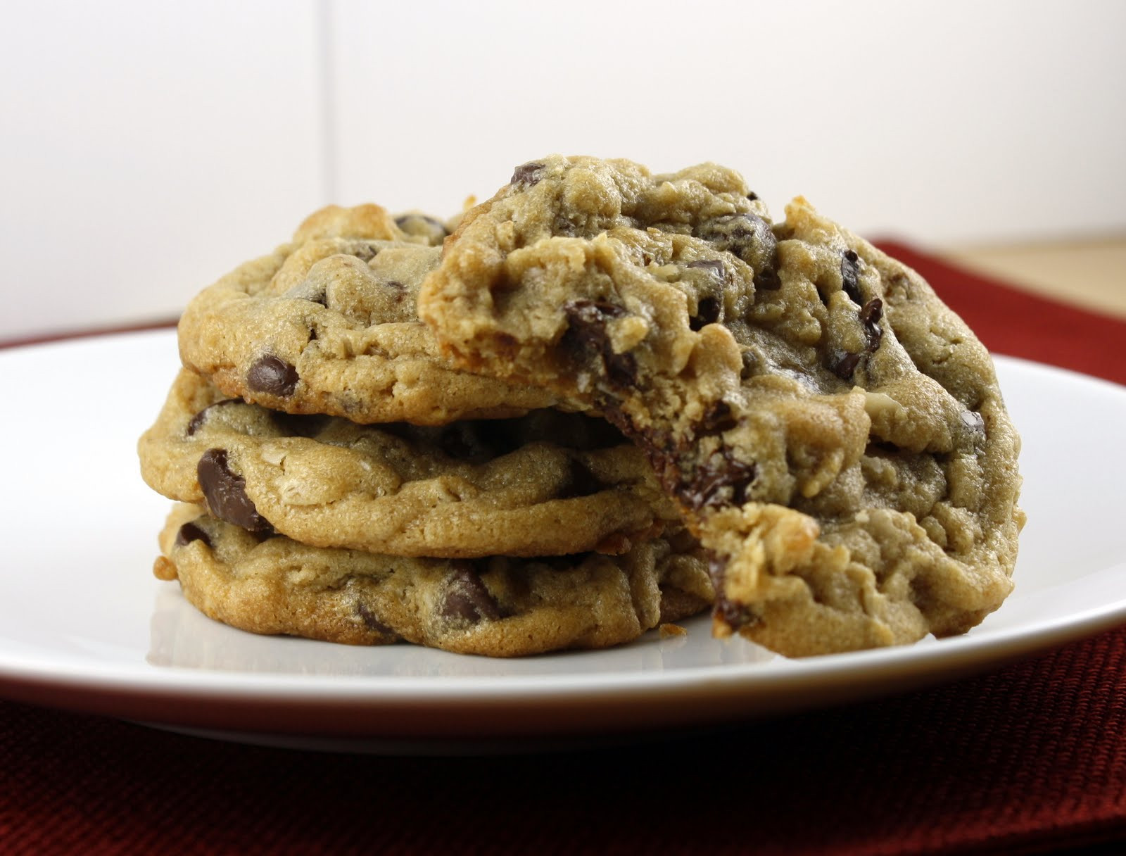 Peanut Butter Chocolate Chip Oatmeal Cookies  Peanut Butter Oatmeal Chocolate Chip Cookies