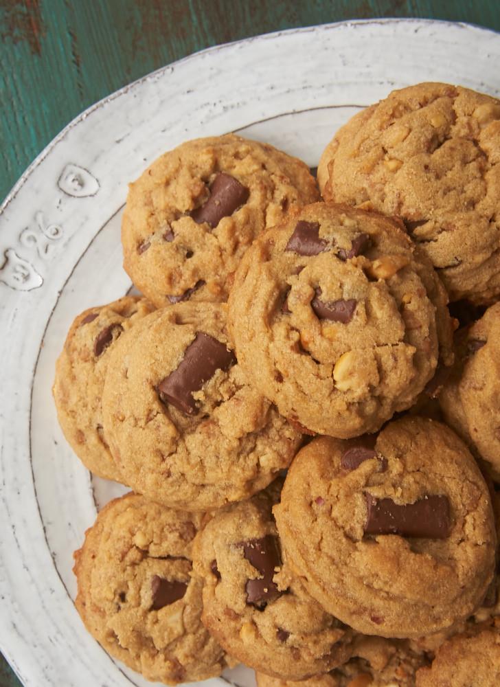 Peanut Butter Chocolate Cookies  Peanut Butter Chocolate Chip Crunch Cookies Bake or Break