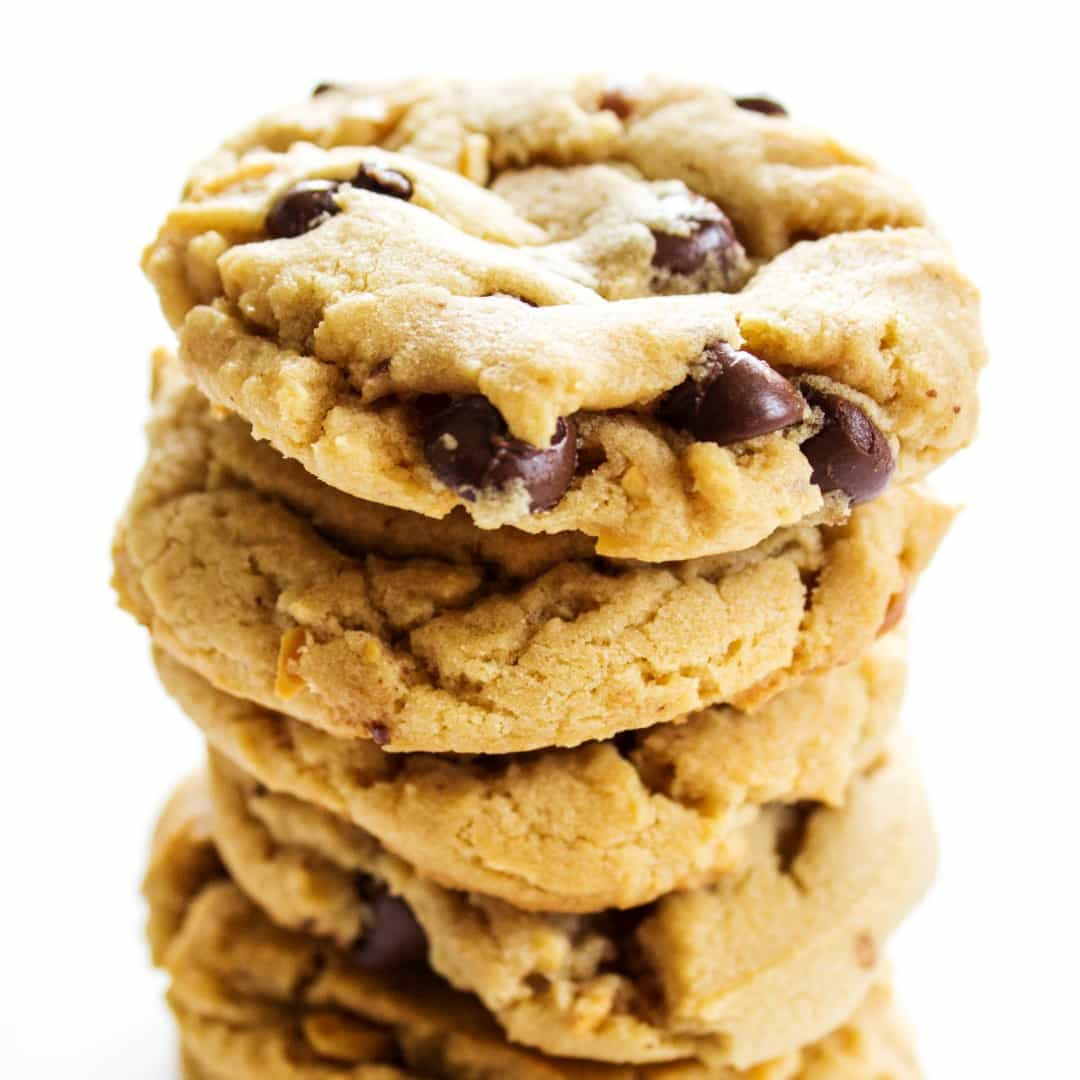 Peanut Butter Chocolate Cookies  Chewy Chocolate Chip Peanut Butter Cookies ⋆ Real Housemoms