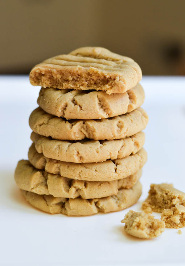 Peanut Butter Cookies Recipes  thick peanut butter cookie recipe