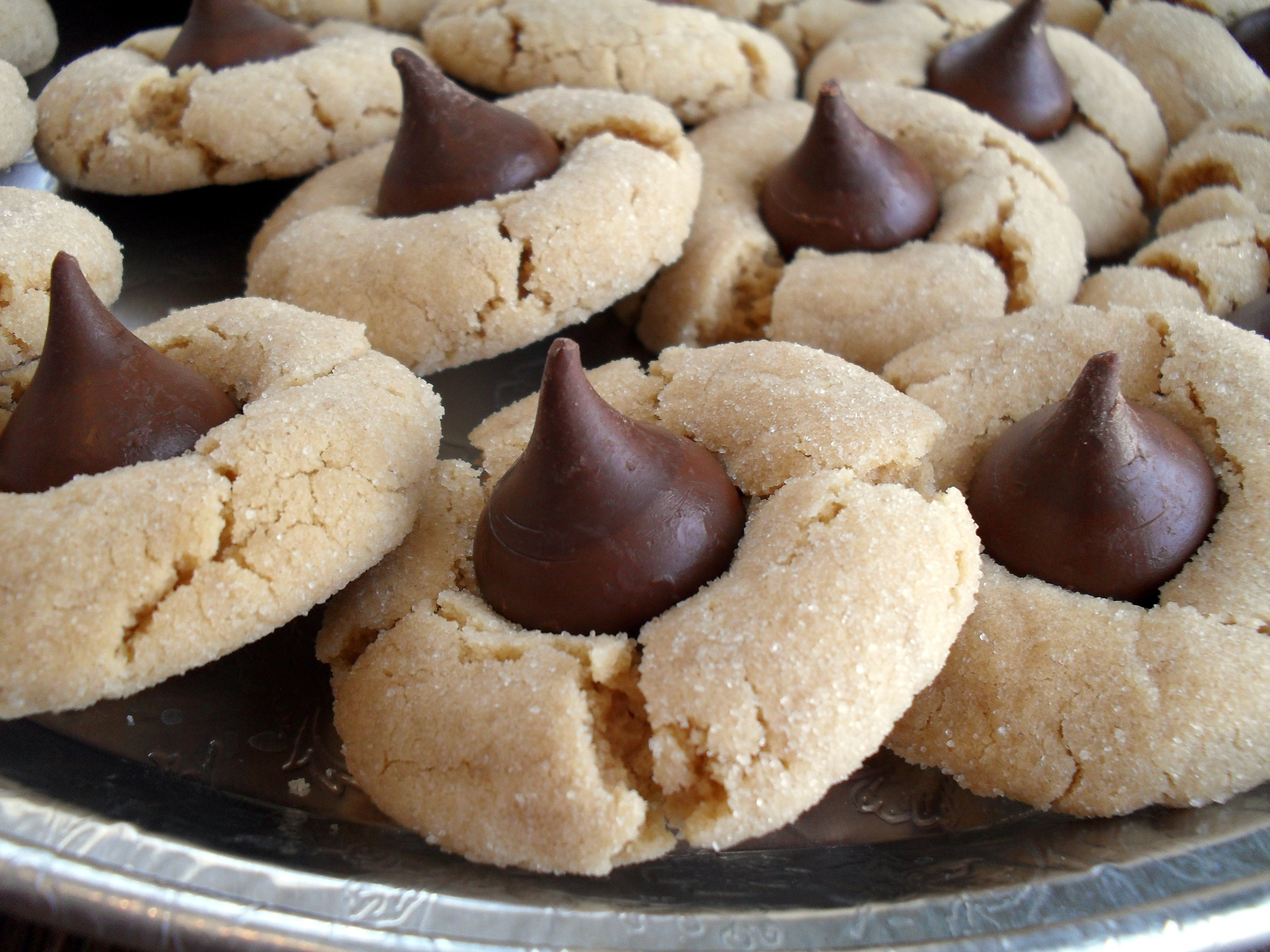 Peanut Butter Cookies With Hershey Kiss  Cookie Mondays Peanut Butter Blossoms