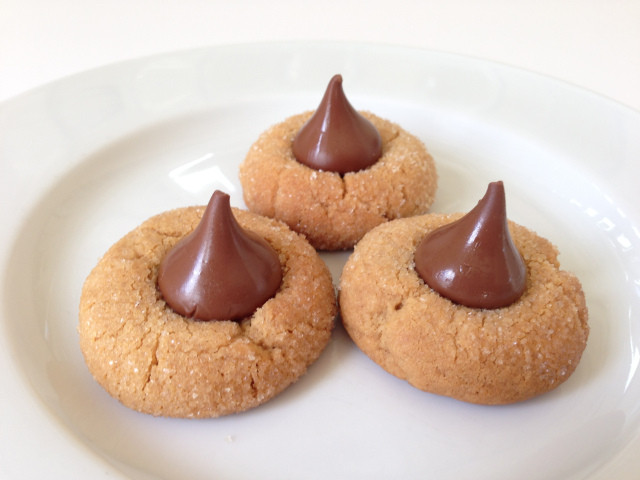Peanut Butter Cookies With Hershey Kiss  Organic Peanut Butter Cookie with Hershey's Kiss
