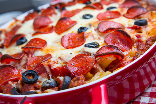 Pepperoni Pizza Casserole  Pepperoni Pizza Casserole The Chic Site