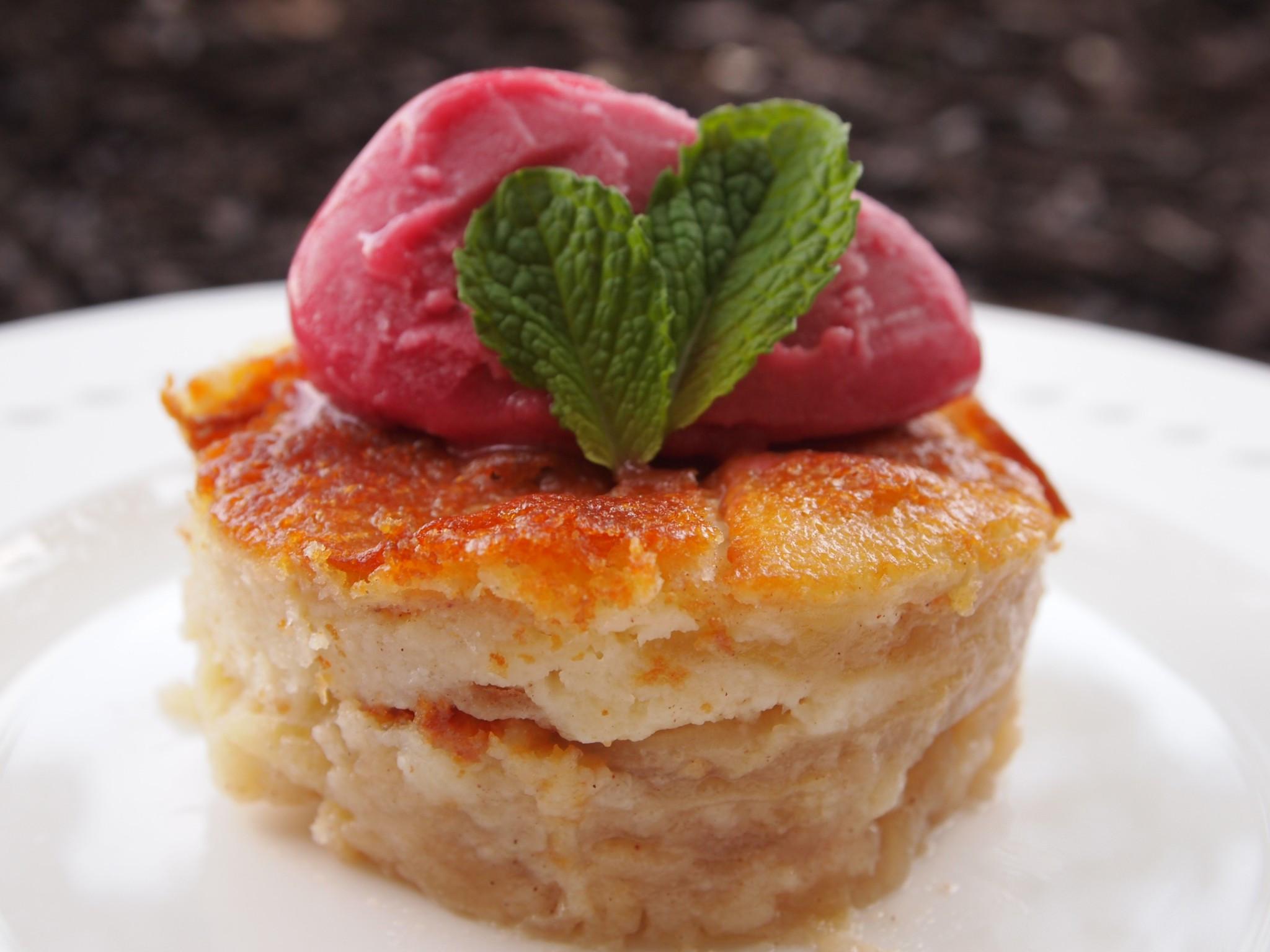 Peruvian Dessert Recipes  MeatlessMondays – A creamy apple cake to sweeten up your