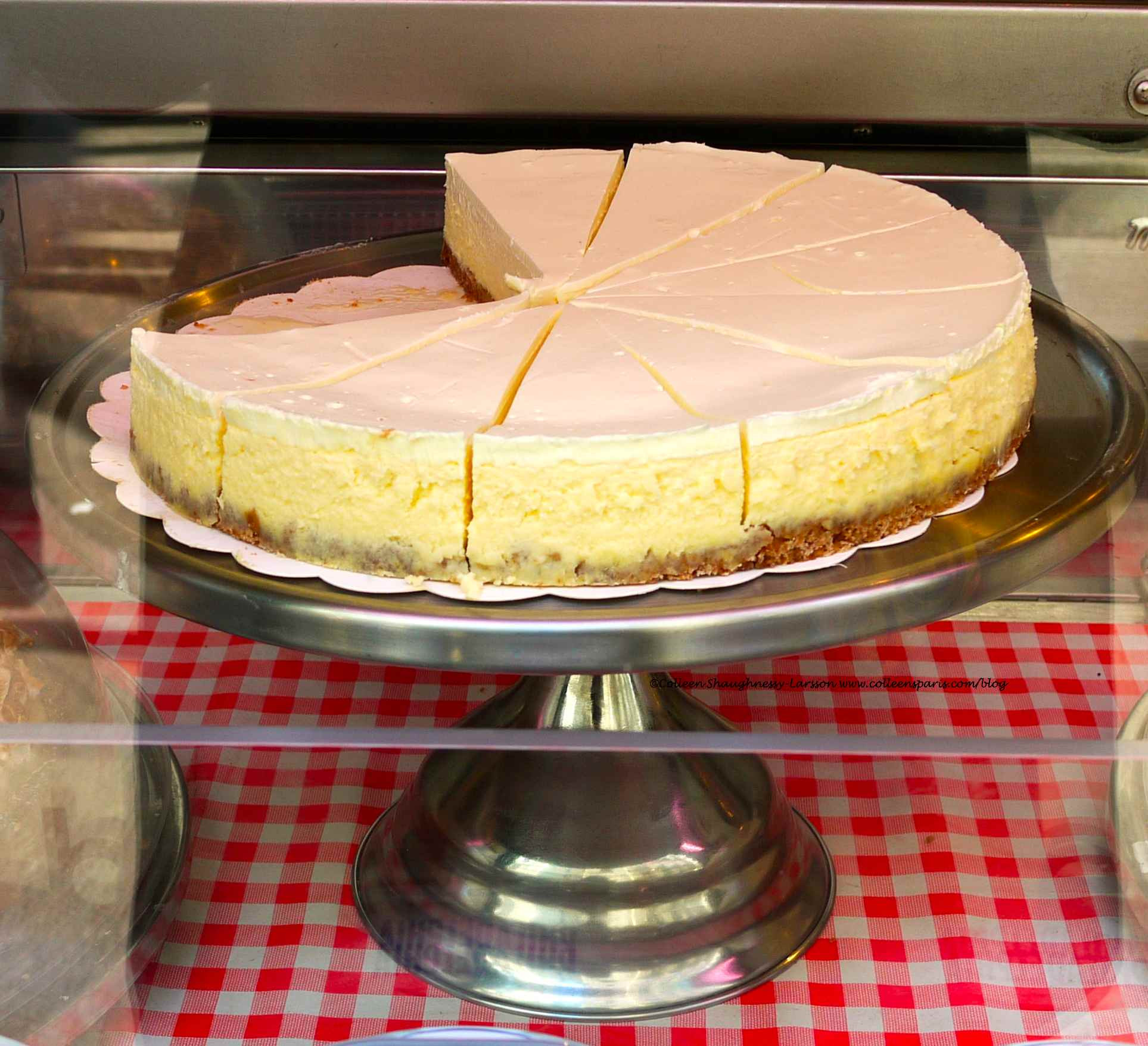 Philadelphia Cream Cheese Cheesecake Recipe  philadelphia cheese cheesecake