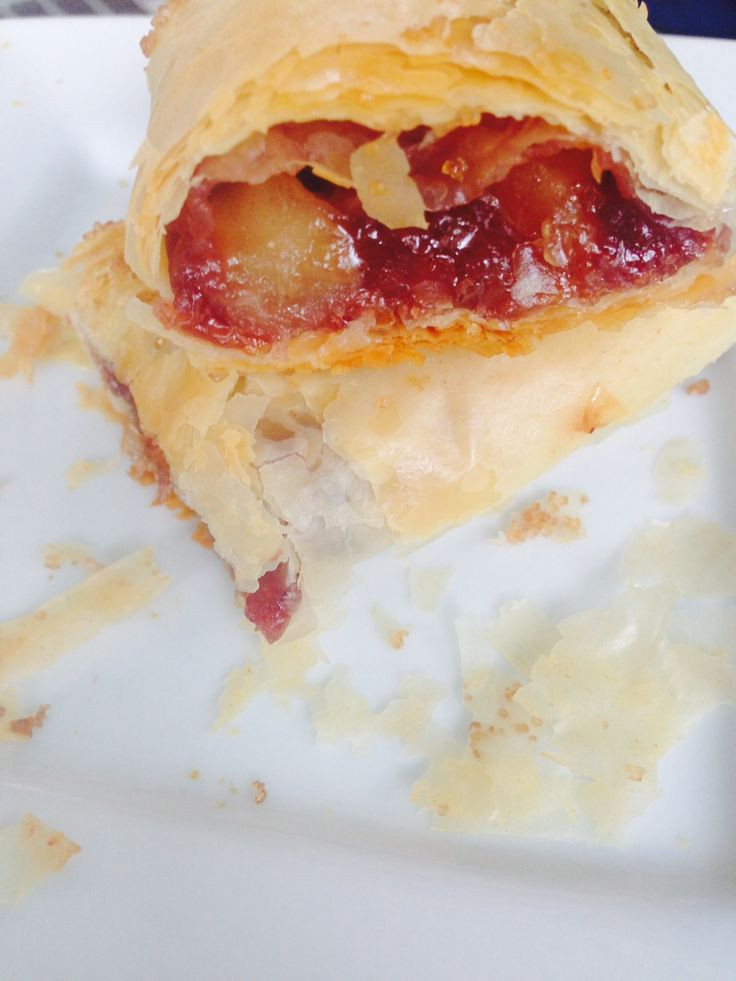 Phyllo Dough Dessert Recipes  Phyllo Dough Apple Berry Mini Pies