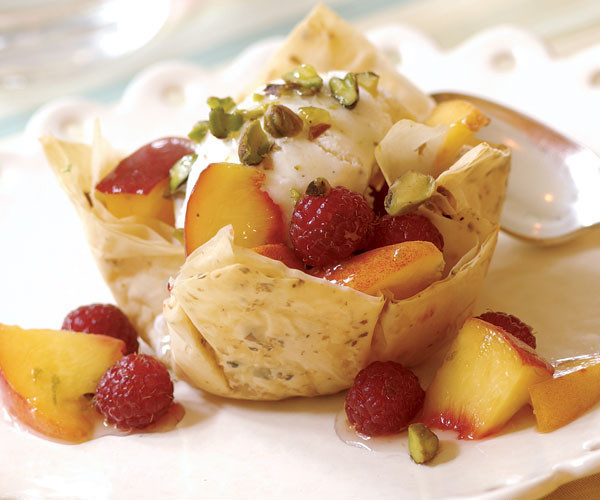 Phyllo Dough Desserts Recipes  phyllo dough cups recipes desserts