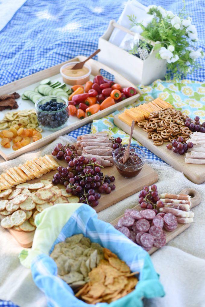 Picnic Dinner Ideas  25 best ideas about Picnic menu on Pinterest