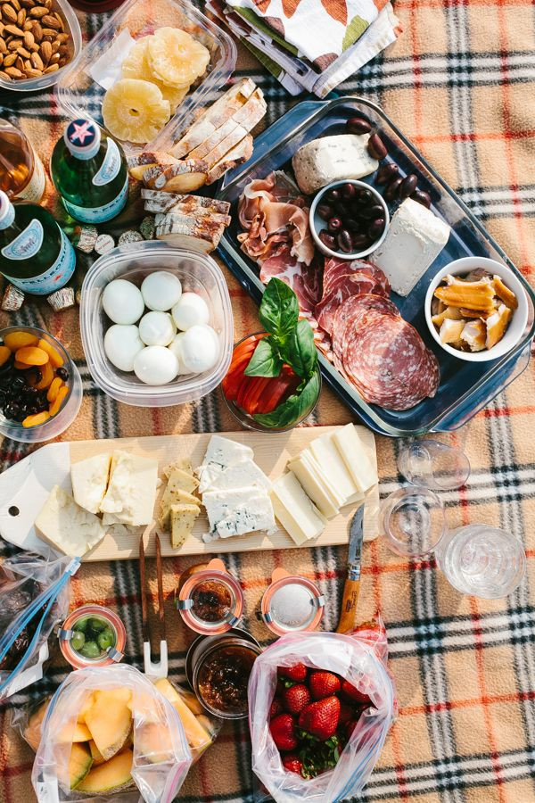 Picnic Dinner Ideas  Potluck Picnic Ideas Host the Perfect End of Summer