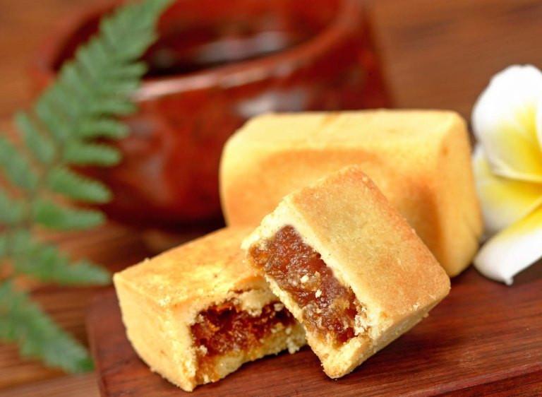 Pineapple Cake Taiwan  The Best Pineapple Tarts Taiwan or Singapore – backpackerlee