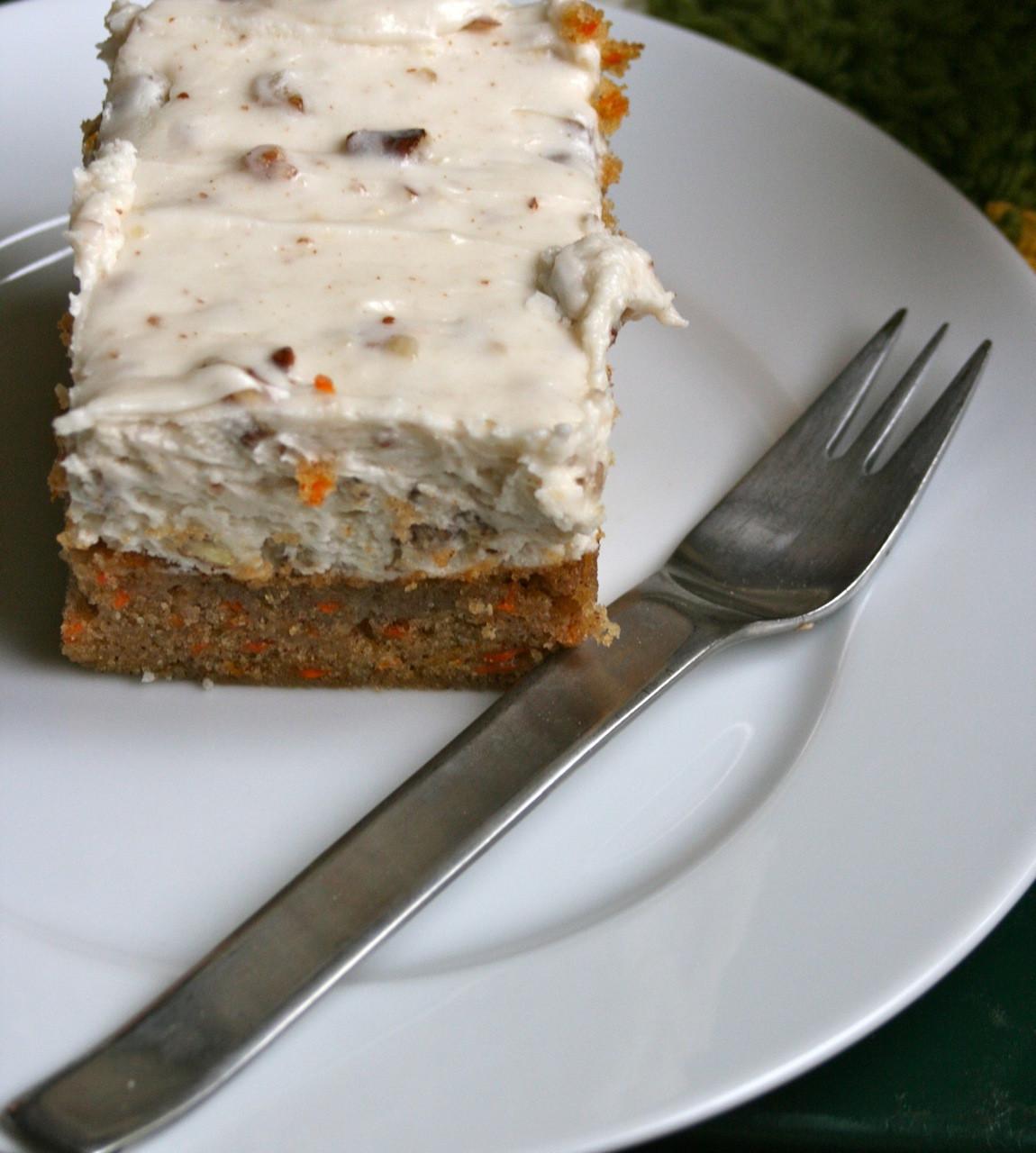 Pioneer Woman Carrot Cake  emily sparks weekend eats pioneer woman carrot cake