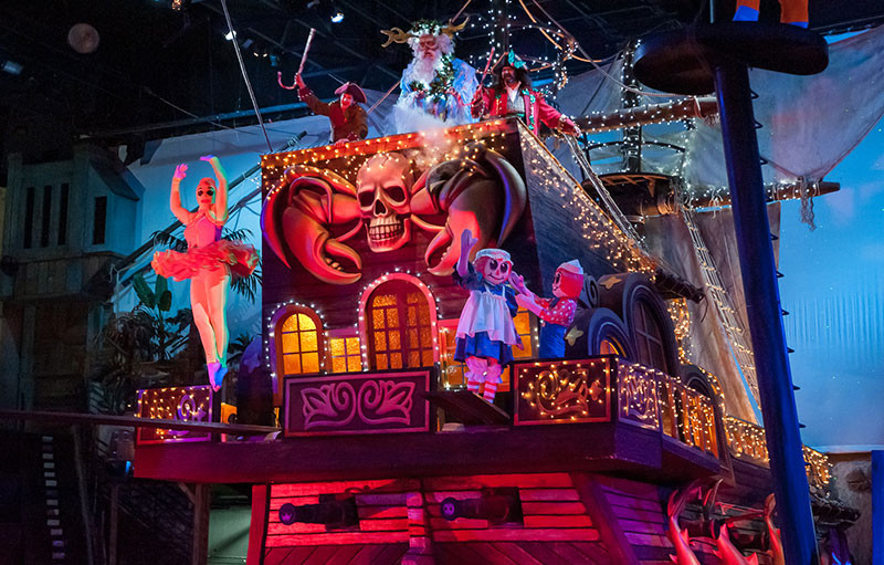 Pirate Dinner Show Myrtle Beach  Christmas at Pirates Voyage Dinner & Show