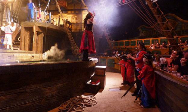 Pirates Dinner Adventure Orlando  How To Book An Orlando Villa and Find the Best Dinner