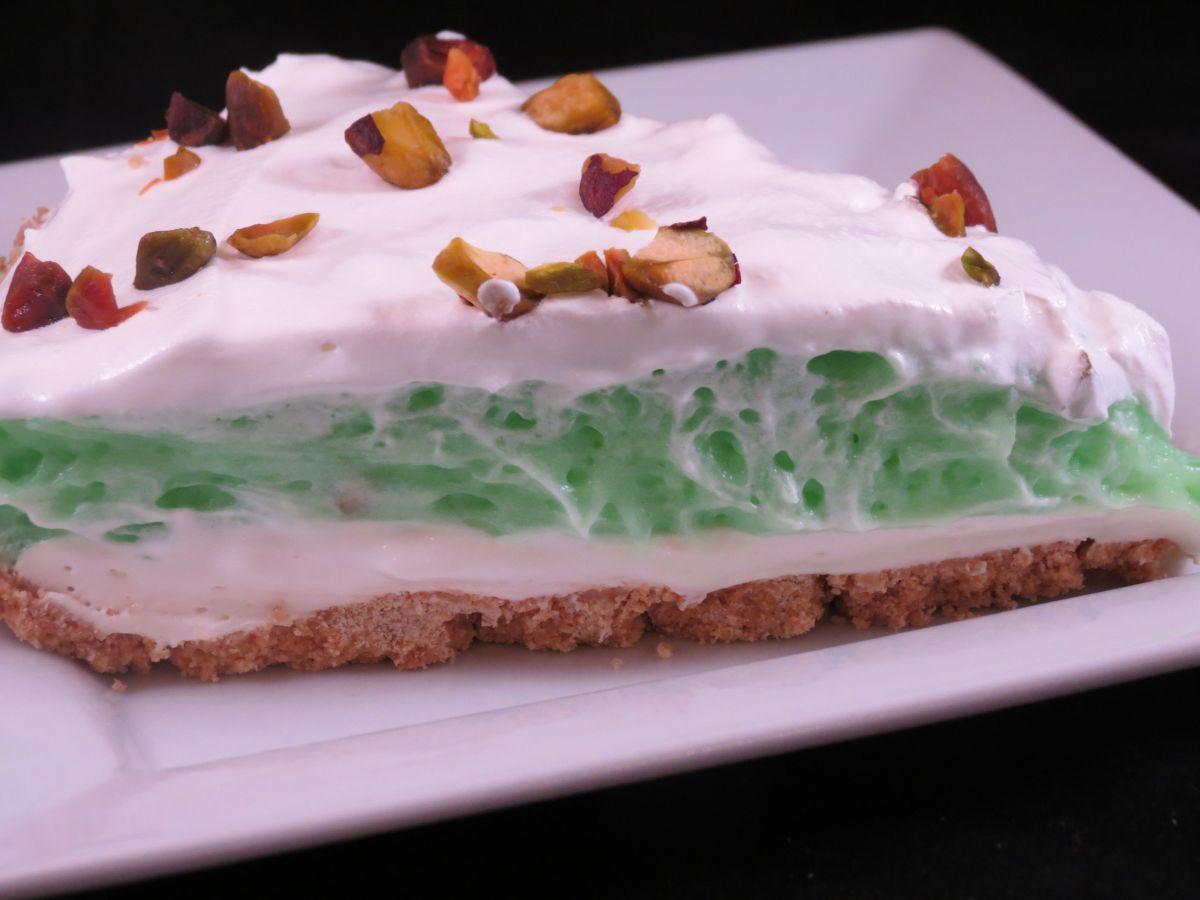 Pistachio Pudding Dessert  30 Minute or Less Pistachio Pudding Pie