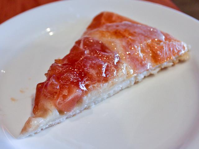 Pizza Hut Apple Pie  Apple pie uh pizza Pizza Hut