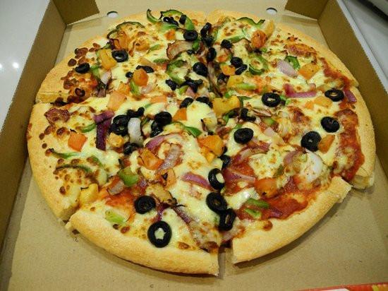 Pizza Hut Veggie Pizza  veg pan pizza Picture of Pizza Hut Dubai TripAdvisor