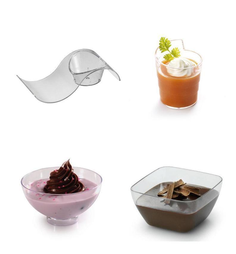 Plastic Dessert Cups  Lot of 75 SMALL PLASTIC DESSERT CUPS a few different