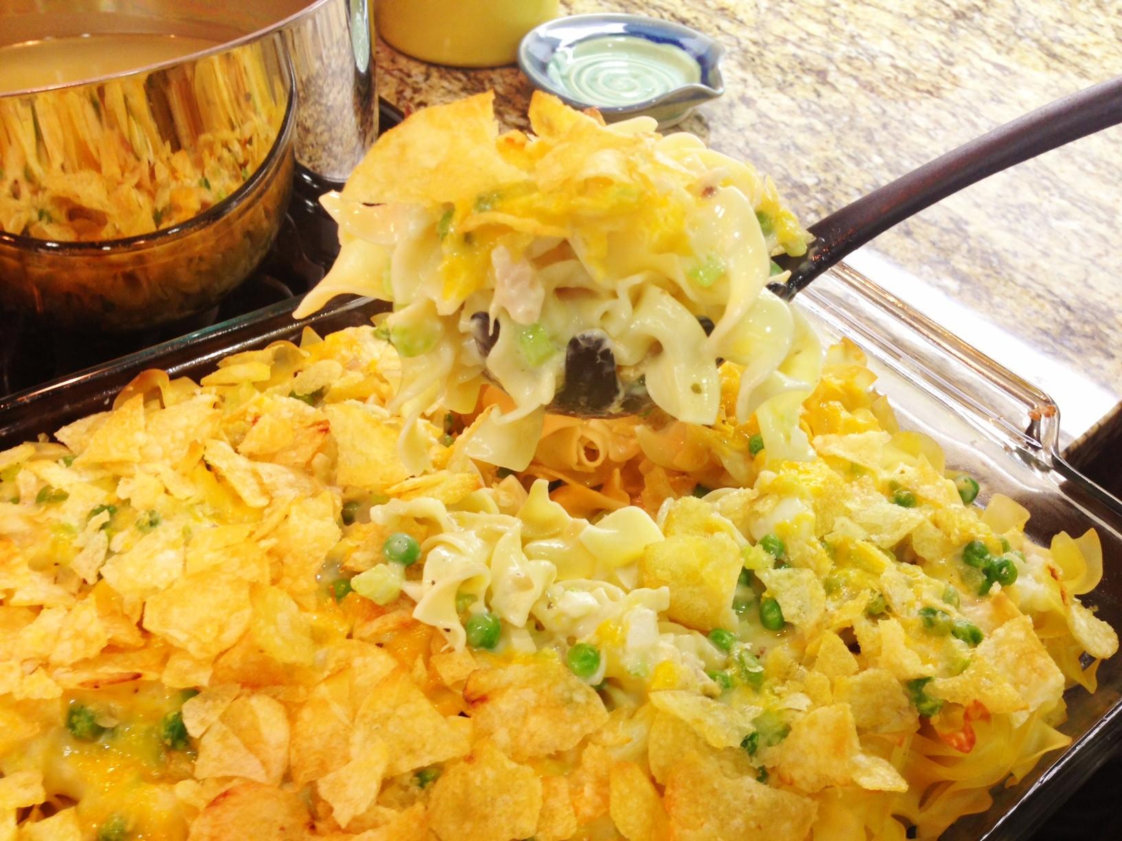 Potato Chip Casserole  Cooking Tuna Noodle Casserole Recipe