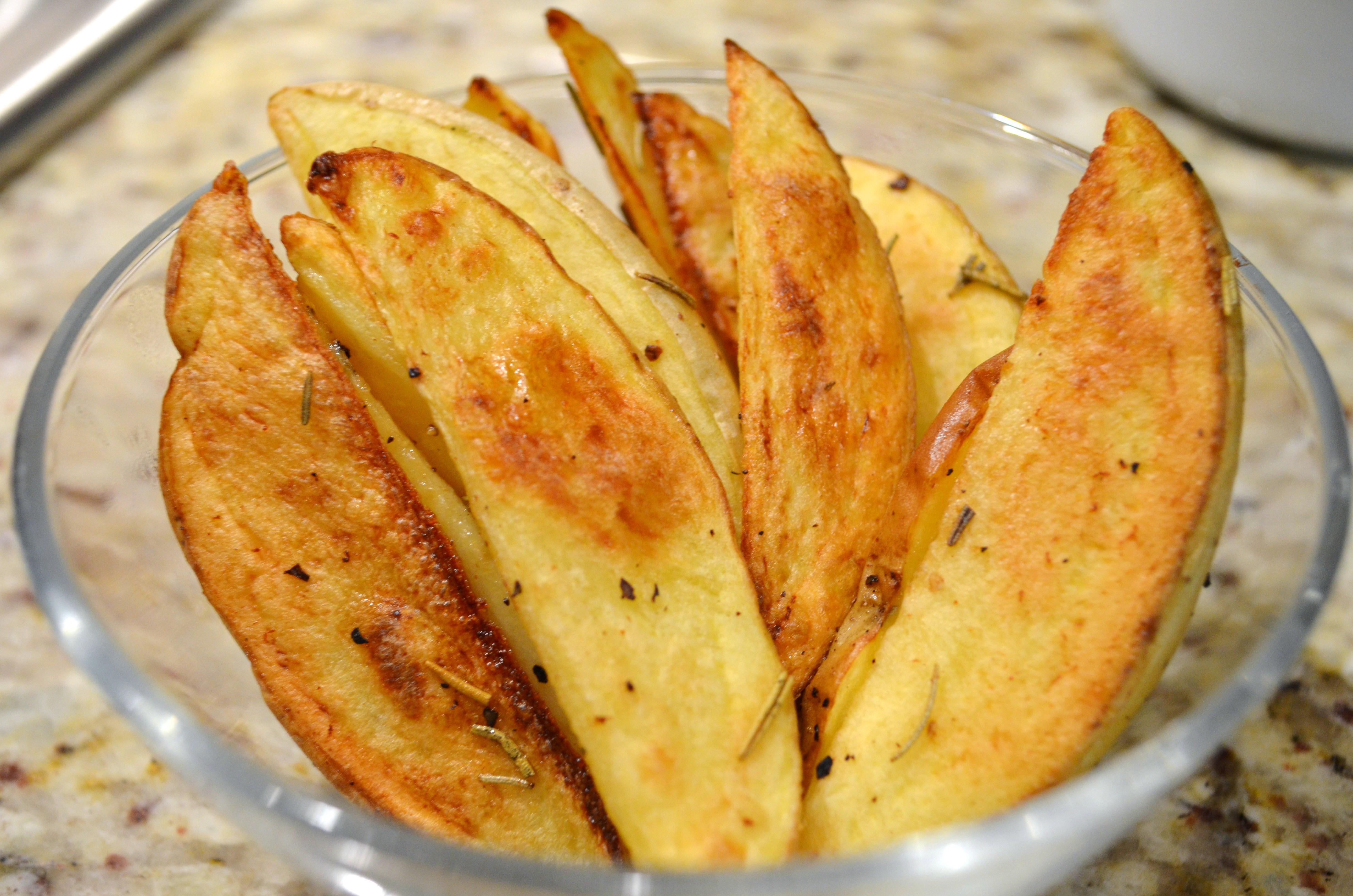 Potato Wedge Recipes  baked potato wedges paprika