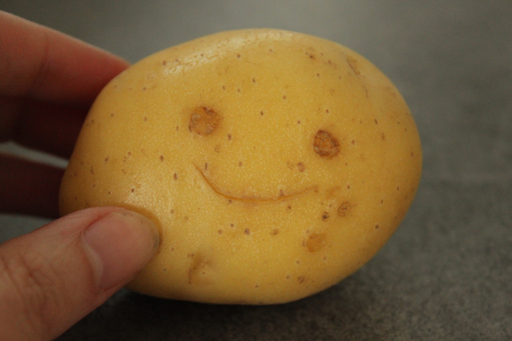 Potato With A Face  Sept 11 10 Happy face potato