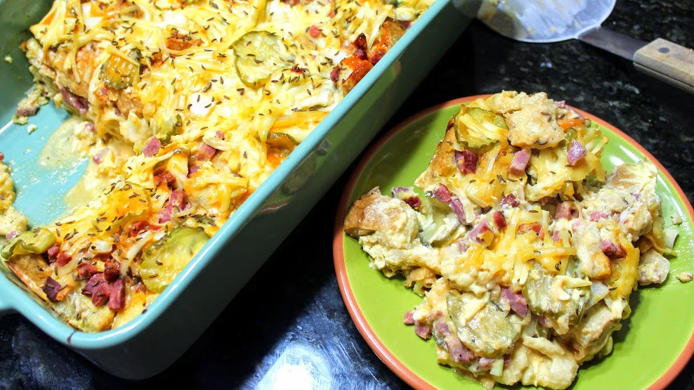 Potluck Main Dishes  52 Ways to Cook Reuben Sandwich CASSEROLE really 52