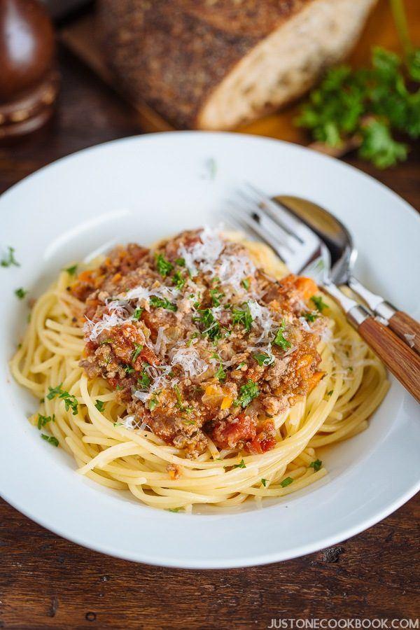 Pressure Cooker Spaghetti  Pressure Cooker Spaghetti Bolognese • Just e Cookbook