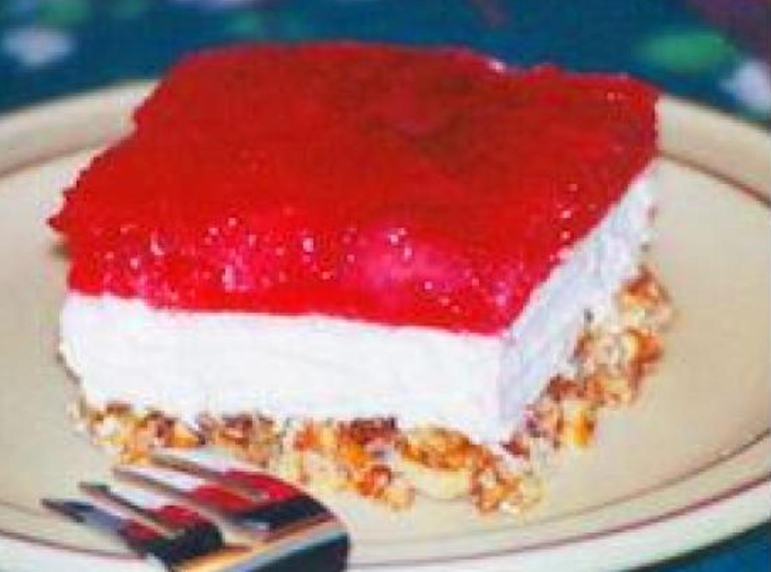 Pretzel Jello Dessert Recipe  Strawberry Jello Pretzel Dessert Recipe