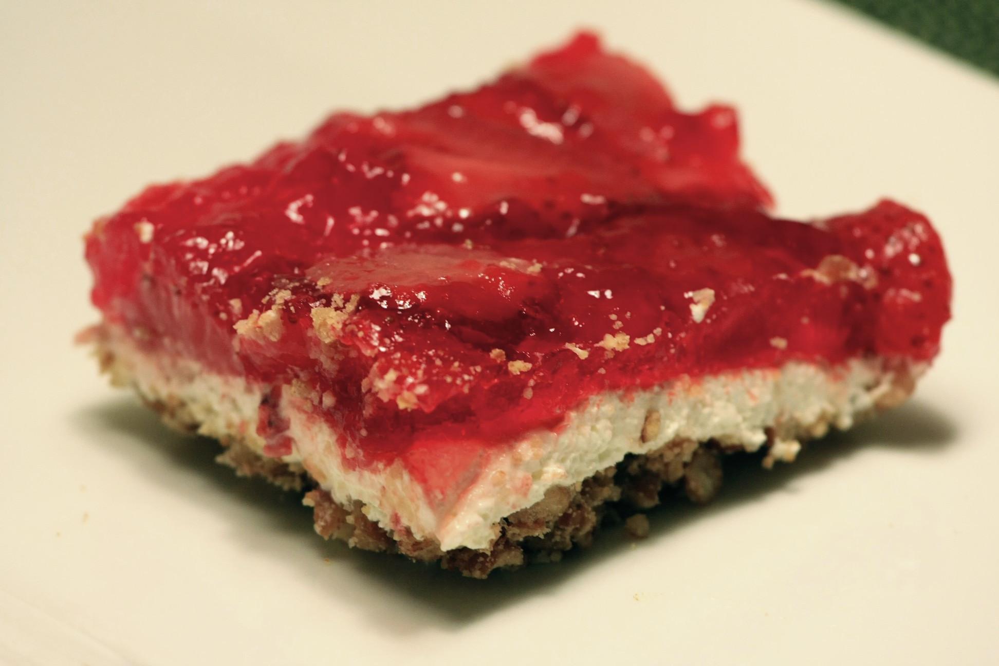 Pretzel Jello Dessert Recipe  Strawberry Pretzel Jello livelovepasta
