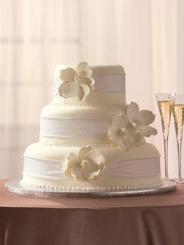Publix Wedding Cakes  25 best ideas about Publix Wedding Cake on Pinterest