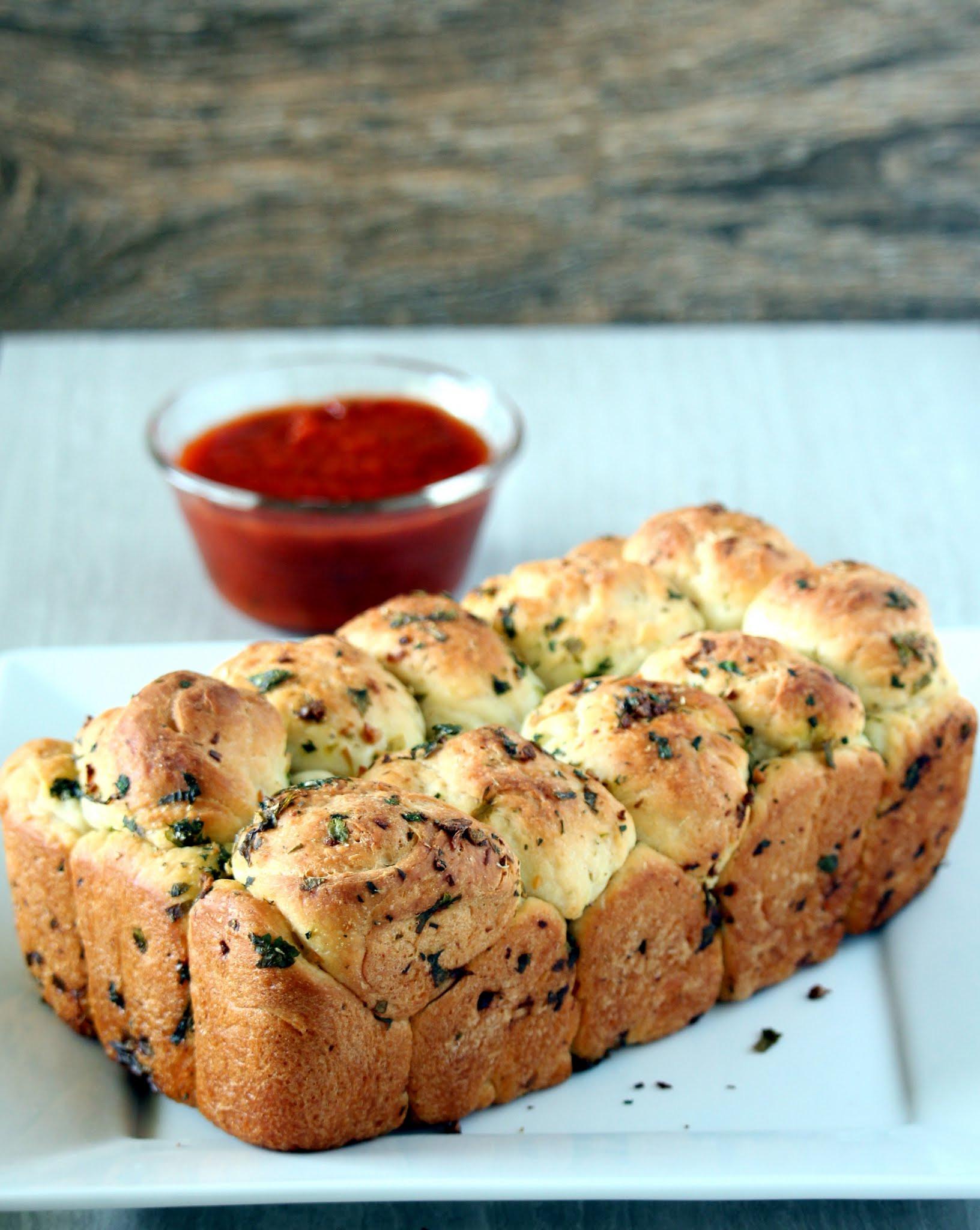 Pull Apart Garlic Bread  Garlic Pull Apart Bread – Pull Apart Garlic Bread My