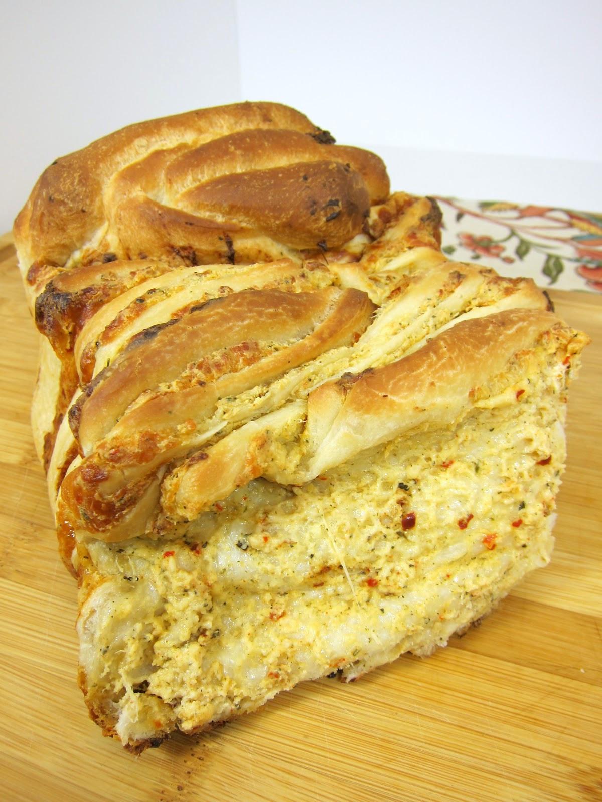 Pull Apart Garlic Bread  Cheesy Garlic Pull Apart Bread