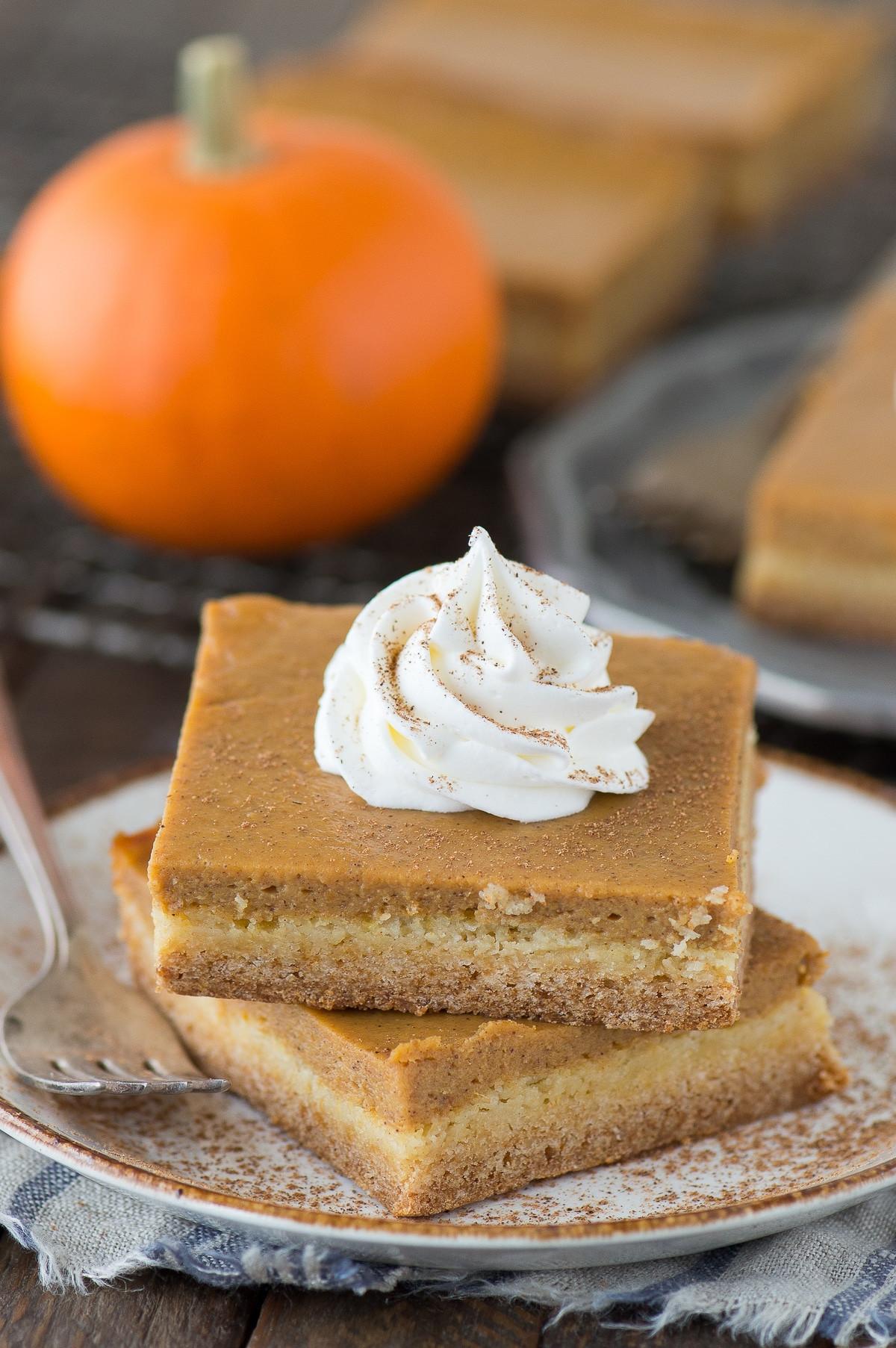 Pumpkin Pie Bars  Easy Pumpkin Pie Bars