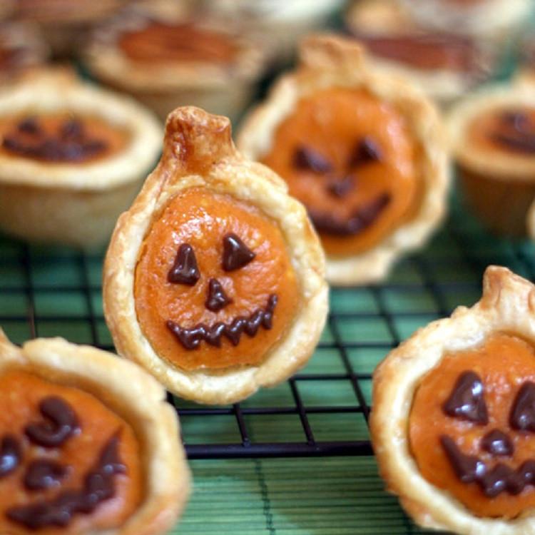 Pumpkin Pie Bite  Calabaza Pumpkin Cucurbita Maxima