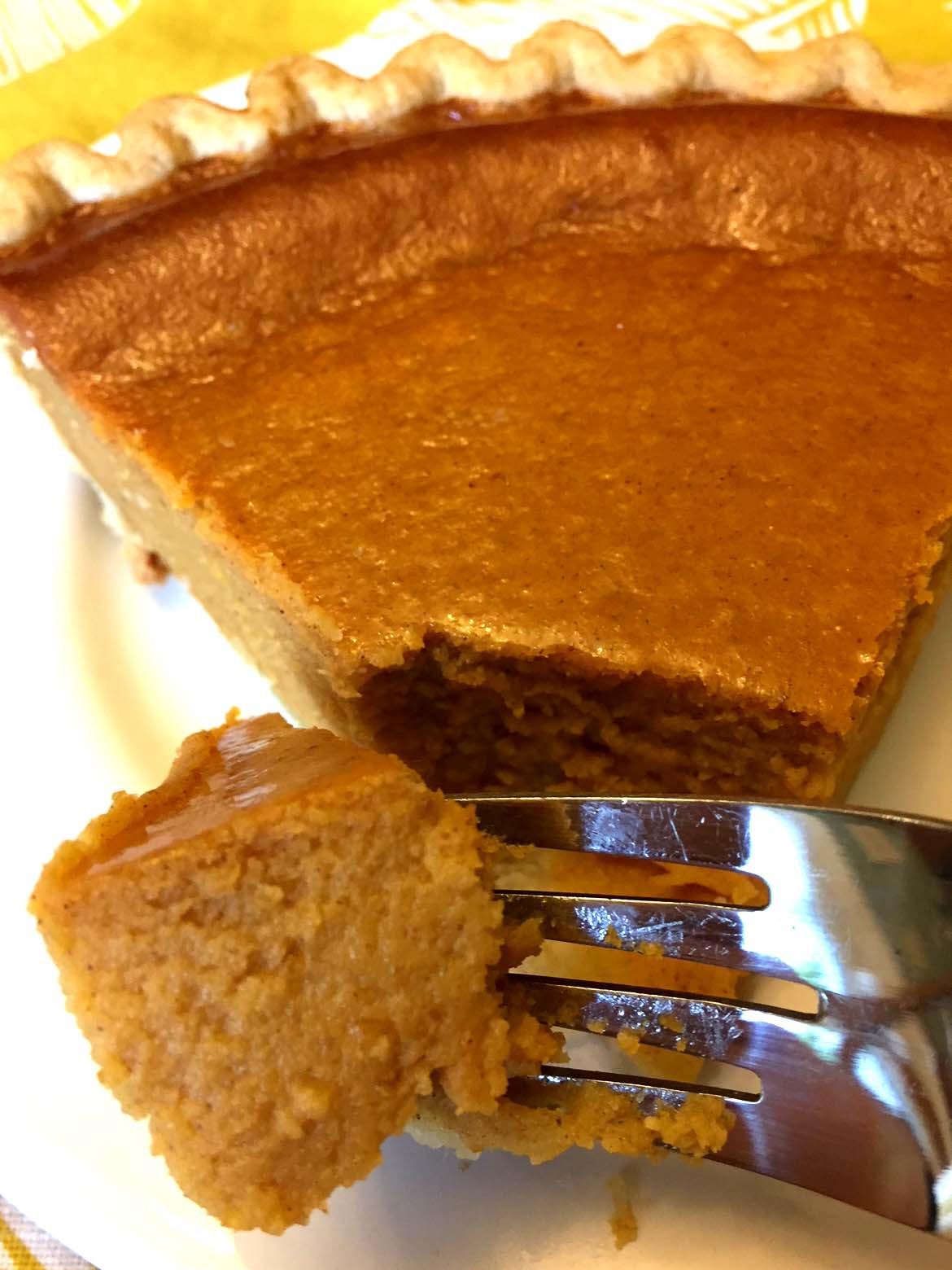 Pumpkin Pie Recipe With Milk  Easy Pumpkin Pie Recipe With Sweetened Condensed Milk