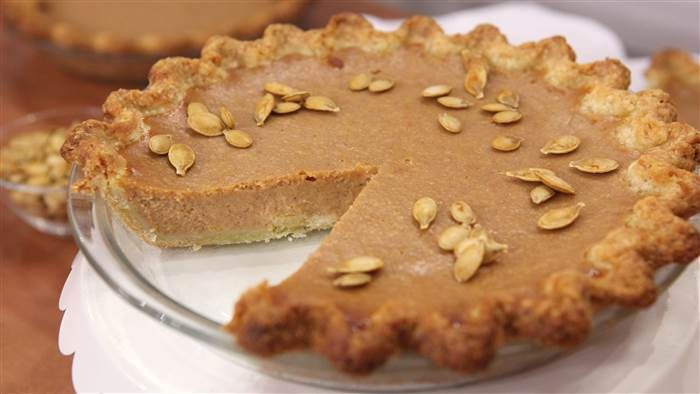Pumpkin Pie Recipe With Real Pumpkin  Try Dr Oz s family recipe for pumpkin pie using real