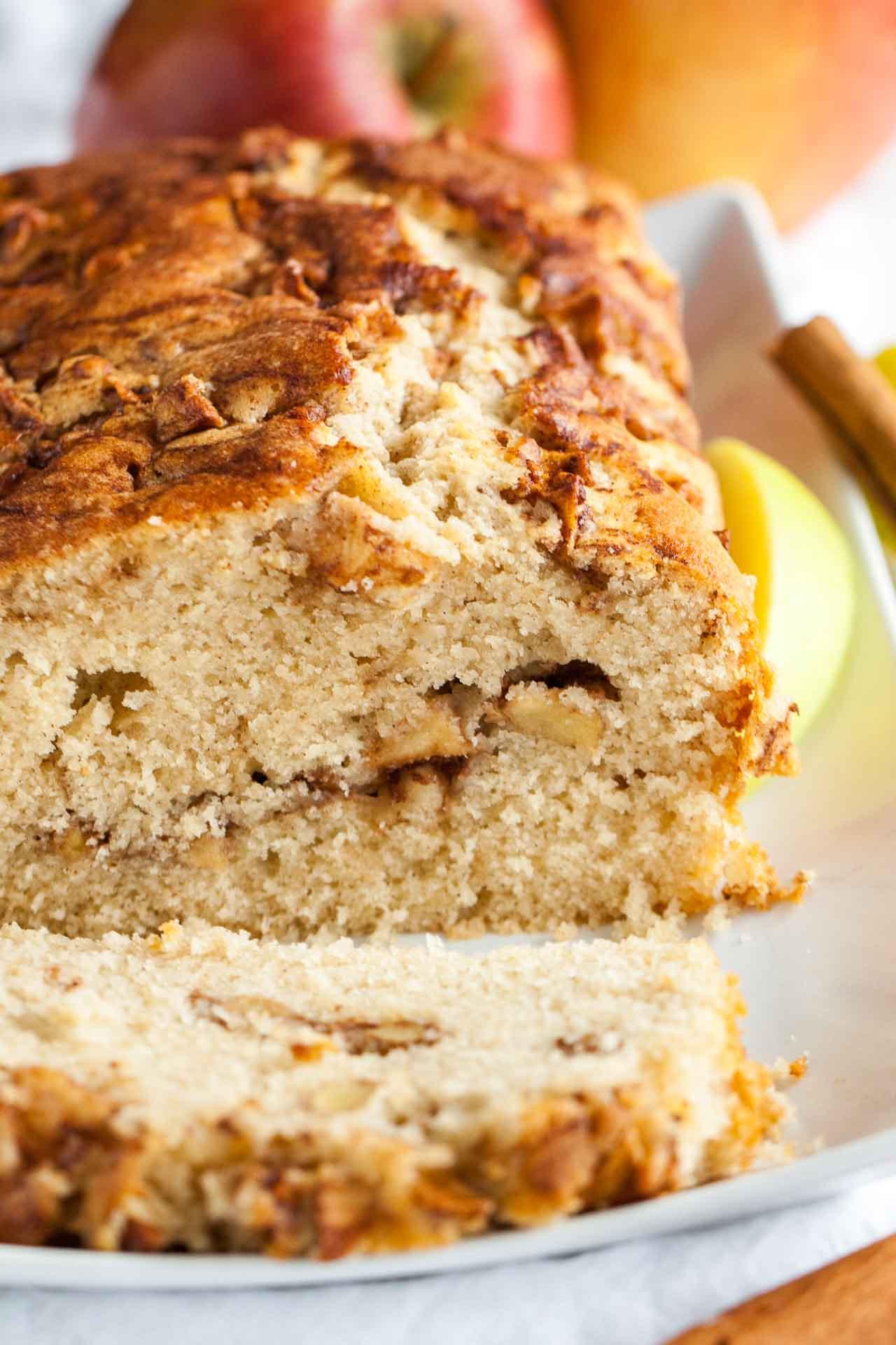 Quick Bread Recipe  Apple Cinnamon Bread Recipe An easy fall quick bread recipe