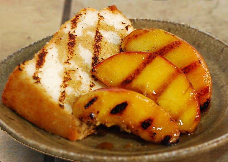 Quick Peach Dessert  Quick Easy Dessert Grilled Peaches