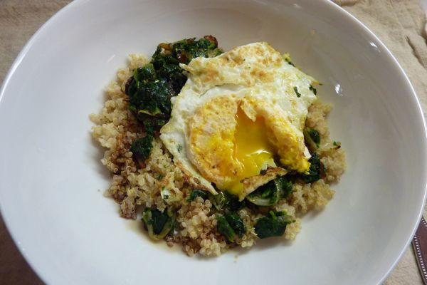 Quinoa Breakfast Eggs  LBHealthY Recipes Spinach Egg Quinoa Breakfast