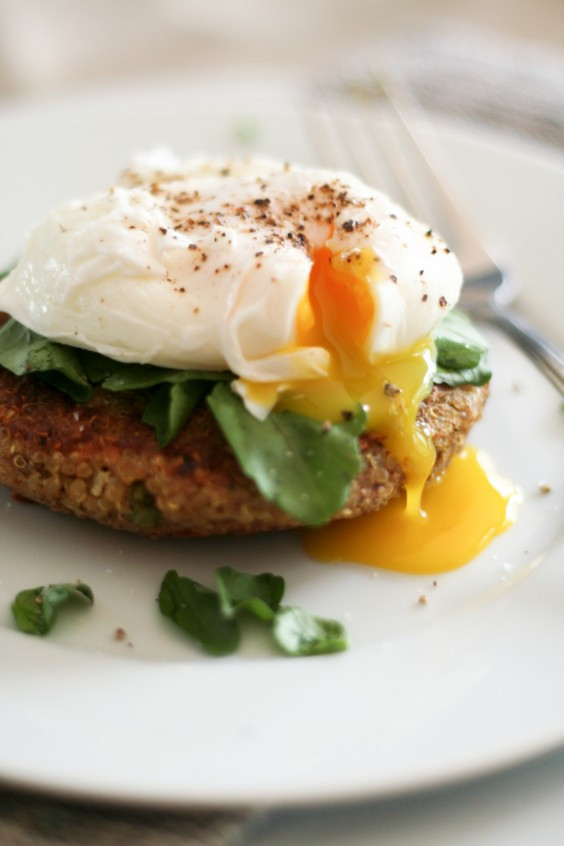 Quinoa Breakfast Eggs  Quinoa Breakfast Recipes That Are Better Than Oatmeal