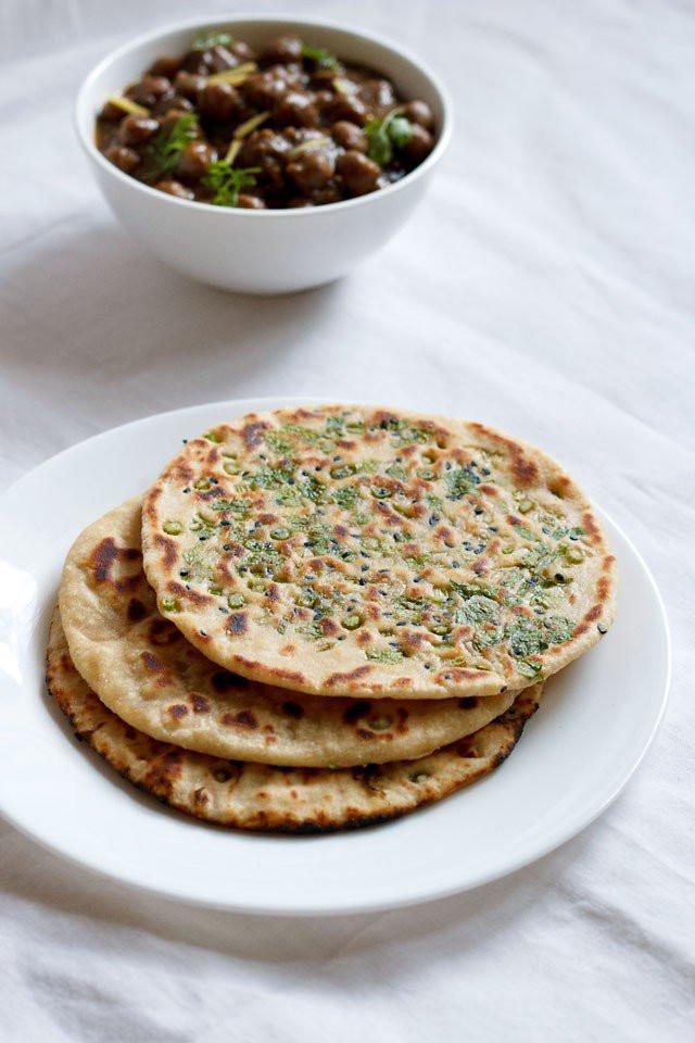 Recipes For Nan Bread  garlic naan recipe how to make garlic naan on stove top