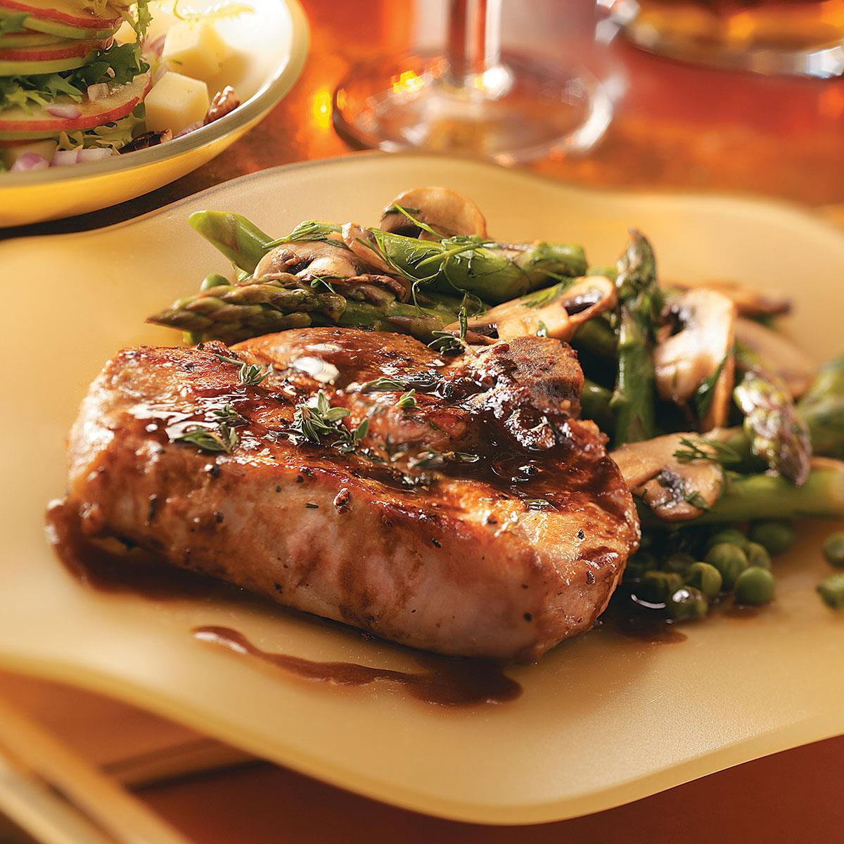 Recipes Pork Chops  Tender Maple Glazed Pork Chops Recipe