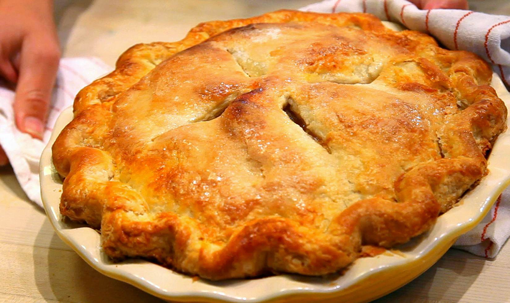 Recipes With Pie Crust  How to make pie crust video simple flaky apple pie recipe