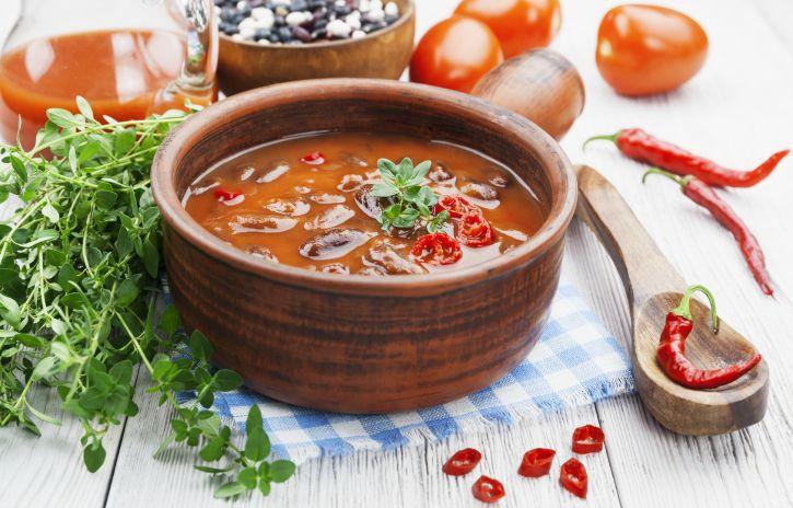 Red Chicken Chili Recipe  Get Crocked – Slow Cooker Red Chicken Chili