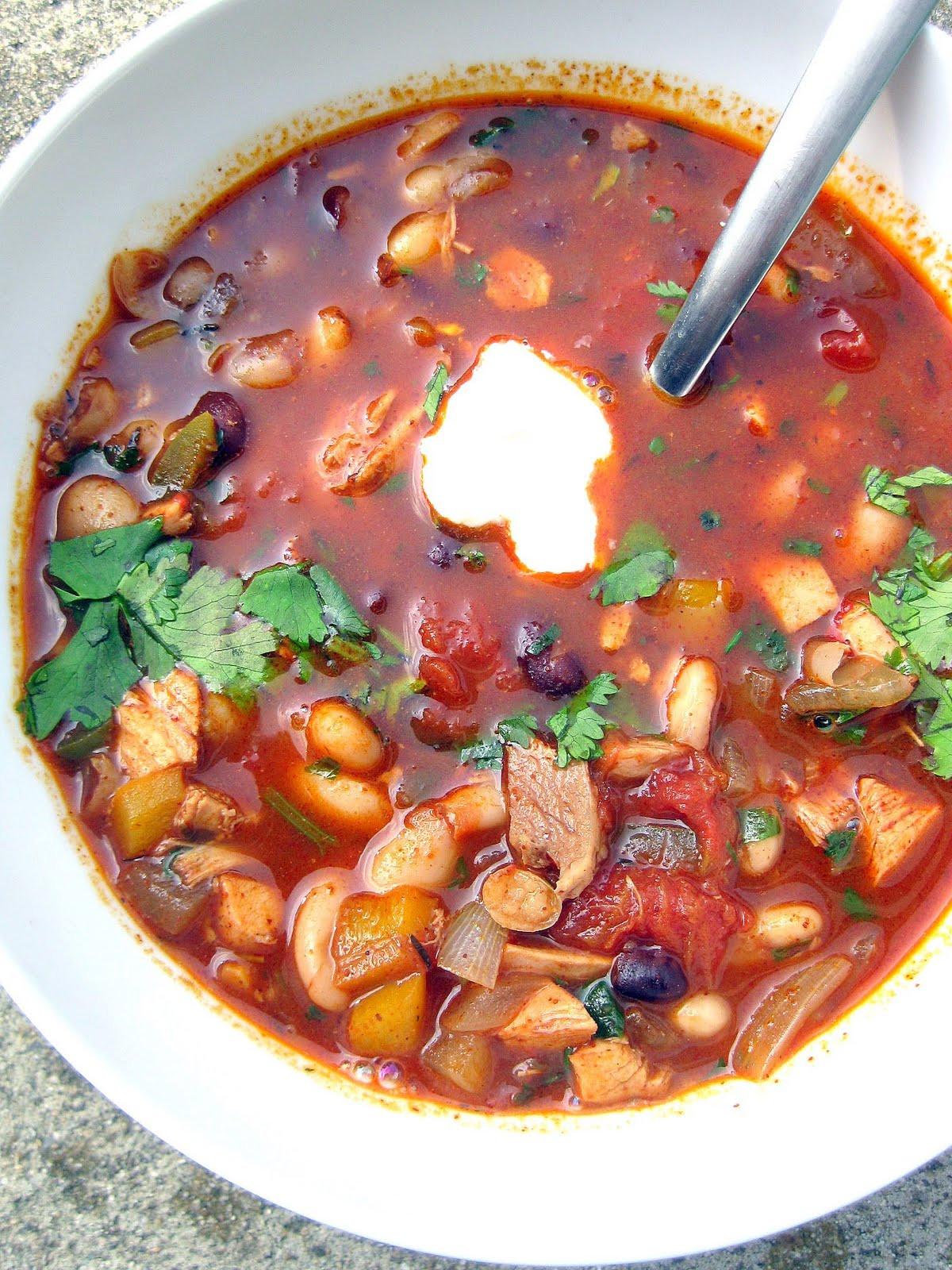 Red Chicken Chili Recipe  red chicken chili recipe