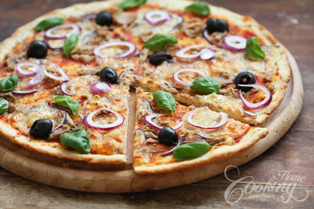 Red Onion Pizza  Tuna and Red ion Pizza Home Cooking Adventure