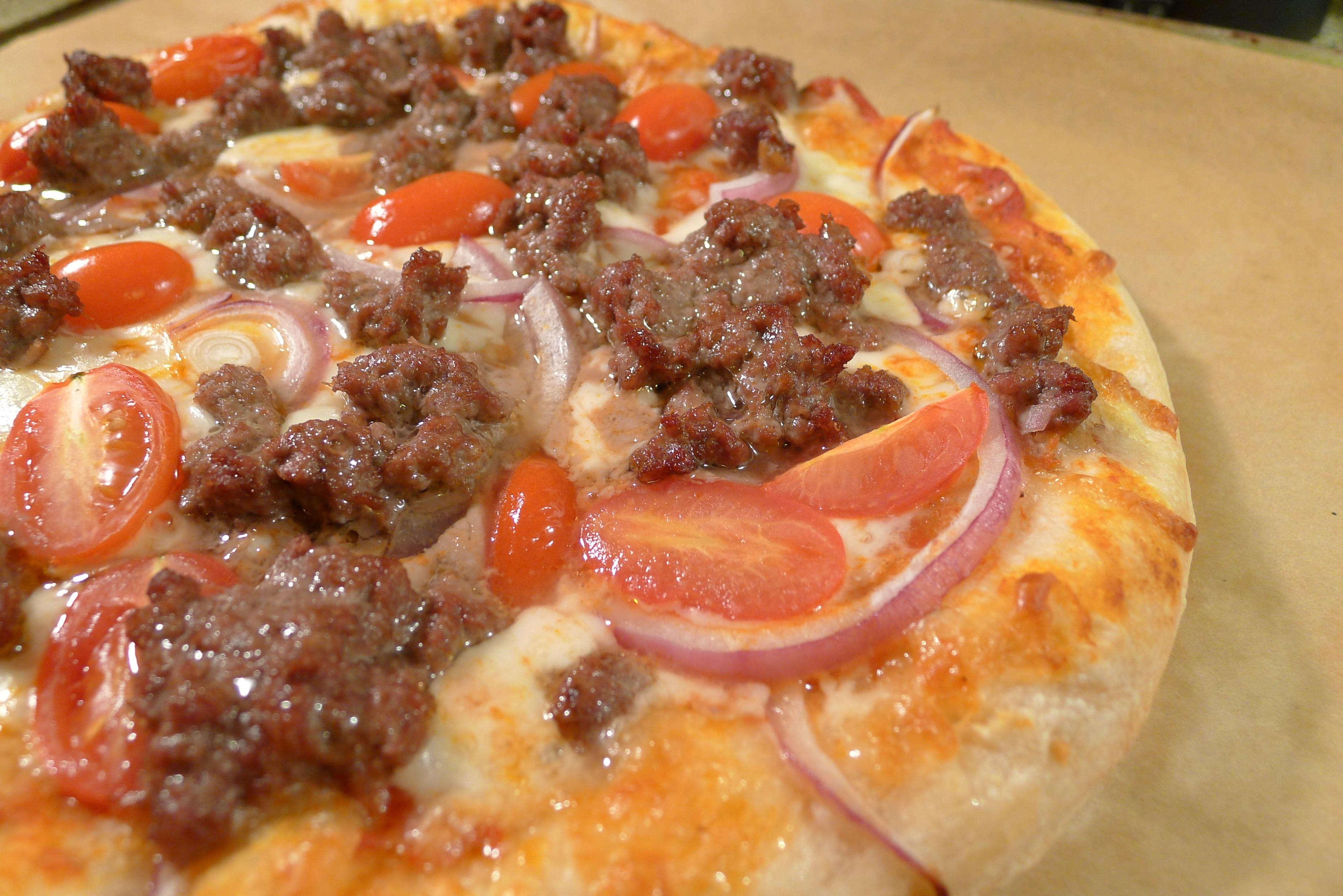 Red Onion Pizza  Hamburger Grape Tomato and Red ion Pizza