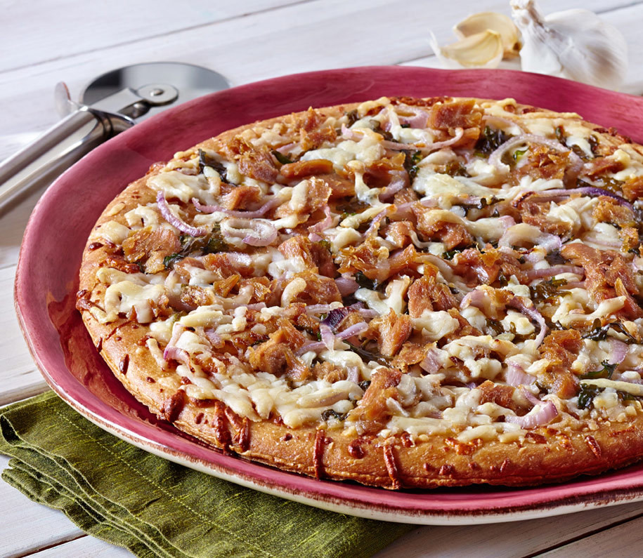 Red Onion Pizza  Red ion Pizza with Tuna